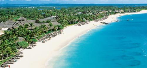 Constance Belle Mare Plage Unlimited  Golf Package