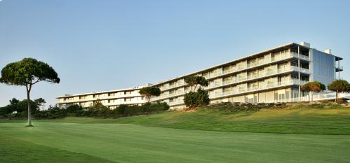 Oitavos Golf Package