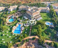 The St. Regis Mardavall Best Season Golf Package