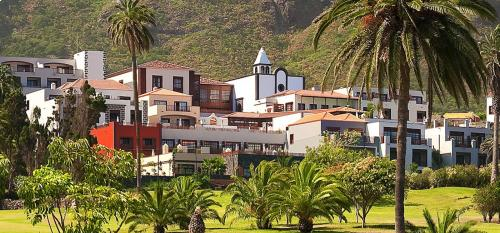 Melia Hacienda del Conde Golf Package